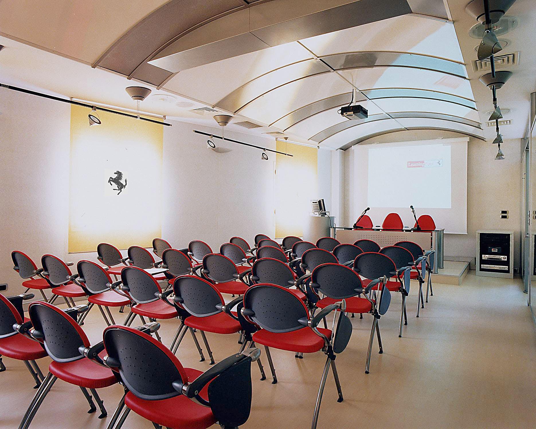 Ferrari learning point maranello studio abacus for Faram arredi
